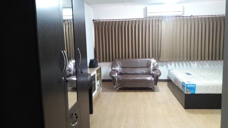 ขายห้อง ห้องเล็กด้านนอก อาคาร T1 ชั้น 8