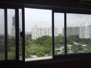 ที่พักเมืองทอง อาคาร T10 ห้องเล็กด้านนอก โทร 0867721874