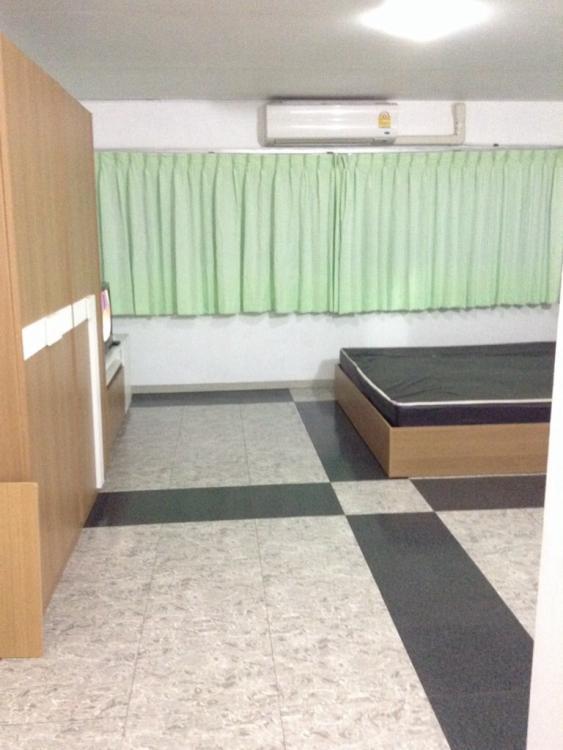 ให้เช่าห้อง   ห้องเล็กด้านนอก อาคาร T1 ชั้น 14