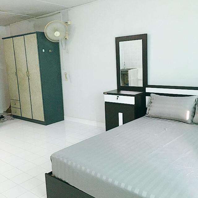 ให้เช่าห้อง   ห้องเล็กด้านนอก อาคาร P2 ชั้น 7