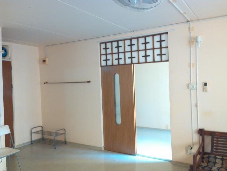 ที่พักเมืองทอง อาคาร T1 ห้องขนาดกลางด้านใน โทร 0844545186