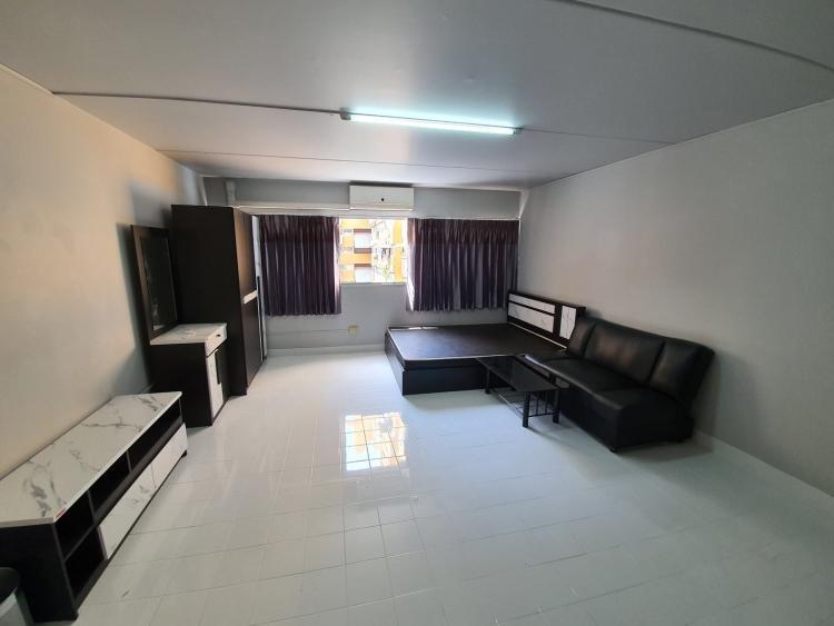 ให้เช่าห้อง   ห้องเล็กด้านใน อาคาร C1 ชั้น 7