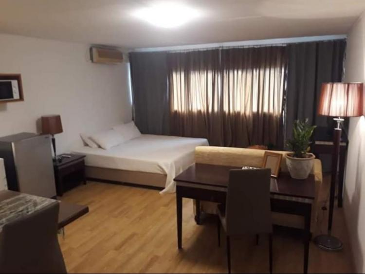 ให้เช่าห้อง   ห้องเล็กด้านนอก อาคาร C2 ชั้น 14