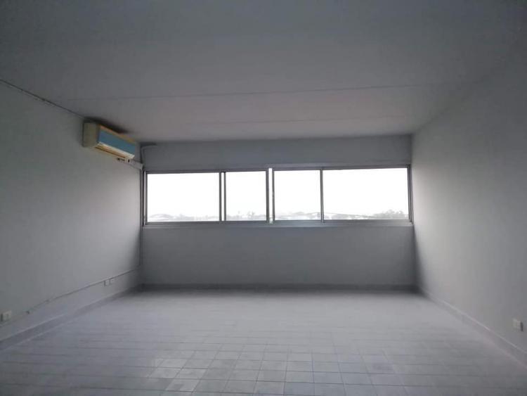 ขายห้อง ห้องเล็กด้านนอก อาคาร T12 ชั้น 9