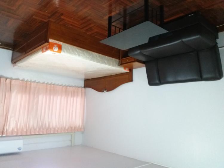 ให้เช่าห้อง   ห้องเล็กด้านนอก อาคาร T6 ชั้น 4