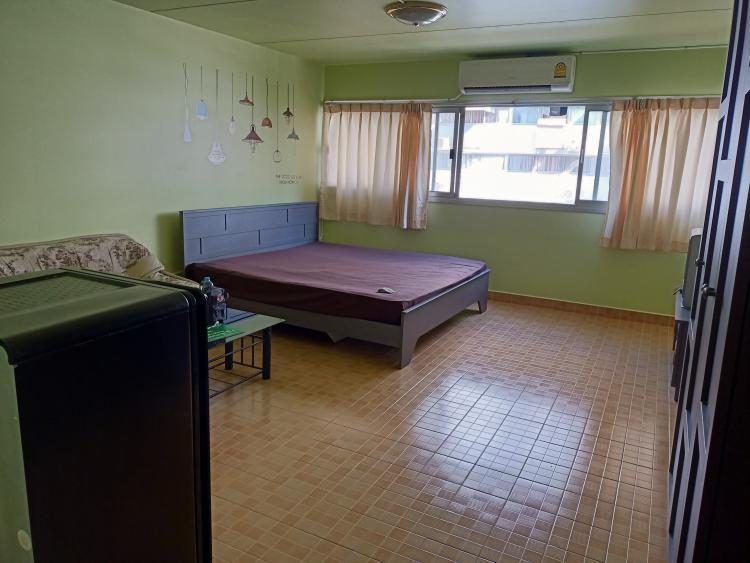 ให้เช่าห้อง   ห้องเล็กด้านนอก อาคาร C2 ชั้น 6